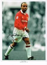 Danny Wallace autographed football photo. High qua