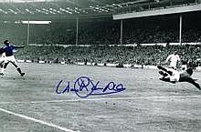 Derek Temple Everton FC Cup Final Goal Hand Signed 12 X 8 Good Condition