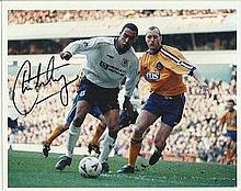 Chris Armstrong signed 10 x 8 colour Tottenham football photo. Good conditi