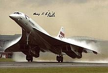 Concorde 8x12 inch photo signed by Concorde pilot