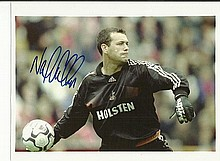 Tottenham Hotspur signed photos of six 10 x 8