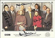 Antiques Roadshow colour photo signed by 5 including Lars Tharp, Paul Atterbury, Hilary Kay, Henry S