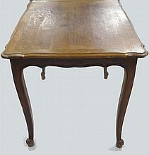 Table en chêne, 1 tiroir en ceinture, de style LXV 74x100x77 cm