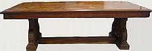 Importante table de réfectoire en chêne + 2 bancs. Epoque XIXème 70x250x48 cm