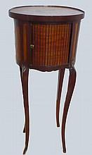 Table tambour en bois de placage à fleuri, de style Louis XV 73x31x23 cm (restaurations)