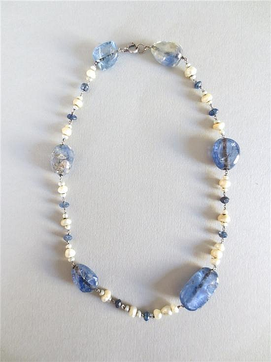 A sapphire pebble and pearl necklace,