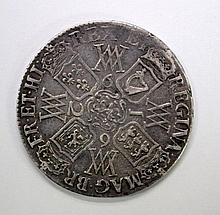 William and Mary crown 1692 vf