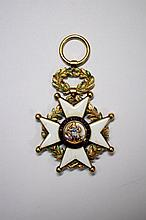 Spain - Military Order of St Ferdinand - Officer 's Cross, gold and enamel, some loss to the enamel on the wreath.