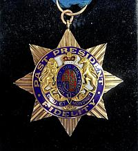A Canadian Sons of England Masonic medal, 'S.O.E', Past President Fidelity, presented to Bro. W F Bissenden, Pres, from 9''', Lodg