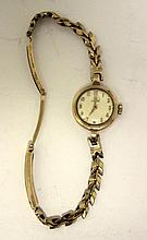 A lady's 9ct gold cased wristwatch,