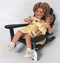 Ceramic Shirley Temple doll with baby on chair - great condition