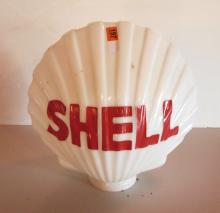 Shell glass globe