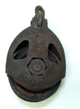 Antique cast iron Young iron works pully 706r
