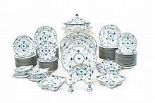 A set of Royal Copenhagen porcelain plates (77)