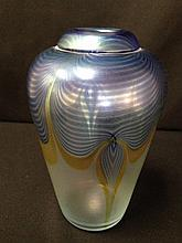 1981 Signed CORRIEA Studios Pulled Feather Art Glass Vase.
