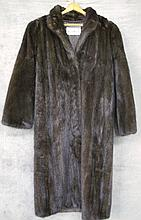 FULL LENGTH MINK COAT. Approx. size 6. Traditional