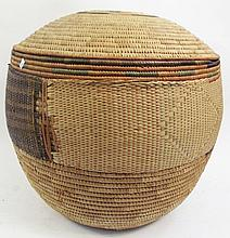 NIGERIA (AFRICA) STORAGE BASKET WITH LID. Giant