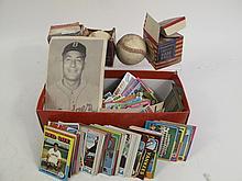 BOX LOT OF VINTAGE BASEBALL AND BASEBALL CARDS.