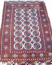 TEKKE BOKARA AREA SIZE ORIENTAL RUG.  Mid 20th century.  (Note:  sound condition).  Approx. 4'3