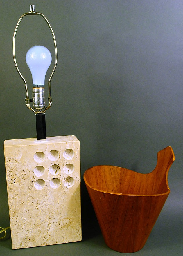 CONTEMPORARY FOSSILIZED MARBLE LAMP. Ca. 1960's.