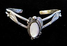 Bear Claw Style Bracelet
