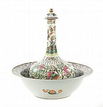 Chinese Export Famille Rose water bottle and basin