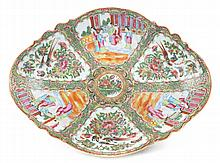 Chinese Export Rose Medallion porcelain plateau
