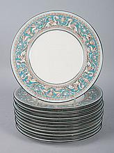 12 Wedgwood china luncheon plates