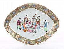 Chinese Export Rose Mandarin porcelain plateau