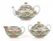 Chinese Export 3-piece porcelain tea set