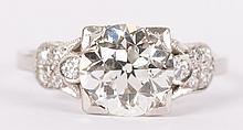 A 2.20 ct Diamond Ring in Platinum