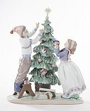 Lladro figural group: Trimming the Tree