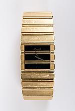 A Gentleman's Gold Wristwatch by Piaget