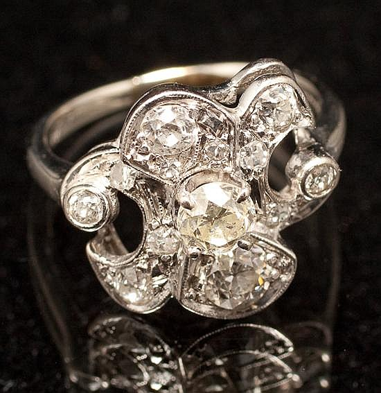 Lady S White Gold And Diamond Ring Oscar Caplan By