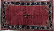 Unusual antique Sarouk carpet, 11.4 x 19.4