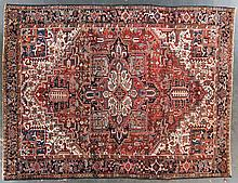 Semi-antique Herez rug, approx. 8.8 x 11.6