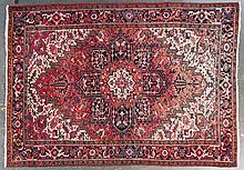 Persian Herez carpet, approx. 8 x 11.4