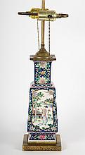 Chinese Export Famille Rose vase lamp
