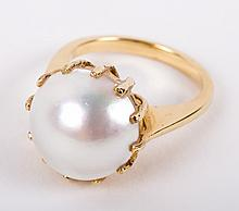 A Mabe Pearl Ring