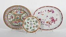 Two Chinese Export porcelain underplates
