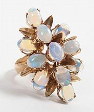 14K gold and opal cocktail ring