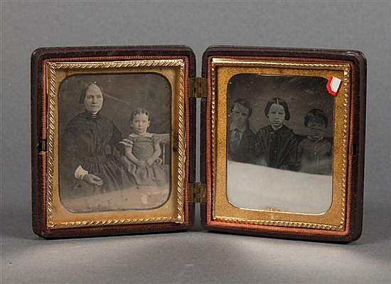 [Photography] Quarter plate thermoplastic Union case with two daguerreotype photographs