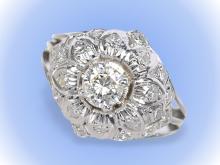 Ring: vintage Platinring mit Brillant von ca. 0,5ct und reichhaltigem Diamantbesatz, Handarbeit um 1960 (NO LIVE FEE)