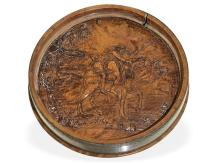 Snuff box with hidden erotic scene, probably German 18th-century, probably present by the Prince of Prussia (NO LIVE FEE)