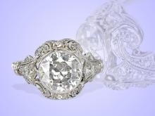 Ring: antiker Brillant/Solitärring aus Platin, um 1920, großer Diamant von über 2ct (NO LIVE FEE)