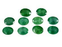 Konvolut von 10 natürlichen Smaragden von zusammen 10,3ct (NO LIVE FEE)