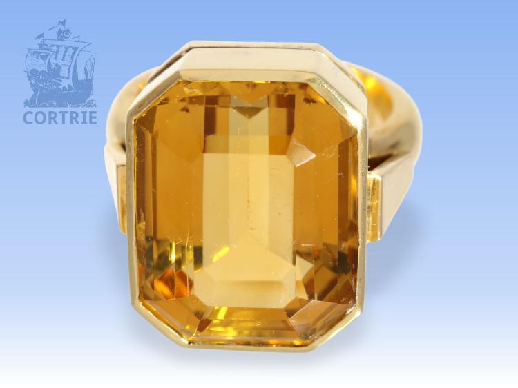 Ring: hochwertiger und ganz massiver vintage Goldschmiedering mit feinem Citrin von ca. 25ct
