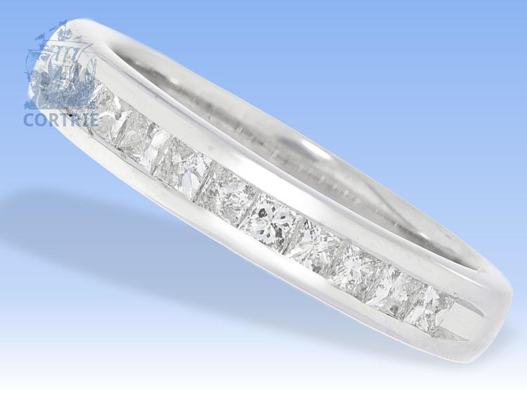 Ring: Goldschmiedering mit quadratischen Diamanten, Markenschmuck, ca. 0,4ct