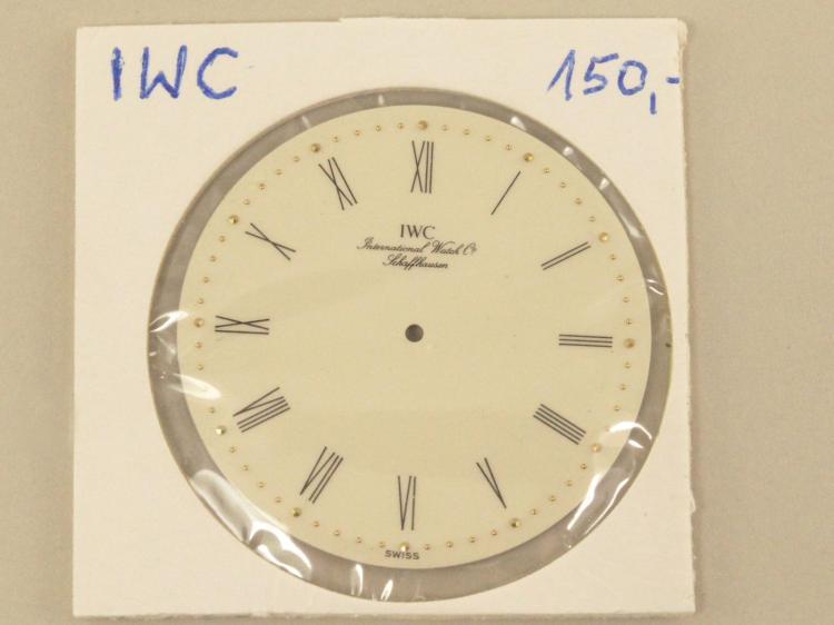 Armbanduhr: seltenes Emaillezifferblatt, IWC Kaliber 1852