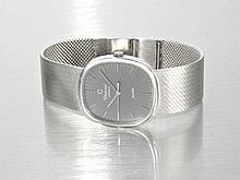 elegant gentlemen's wristwatch by Chopard, 18 K white gold